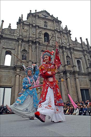 Культурно-исторический архитектурный комплекс Аомэнь ©Жэньминь Жибао