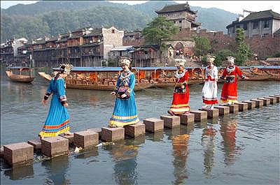 Древний город Фэнхуан ©Жэньминь Жибао