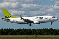 Boeing 737-33A / Латвия
