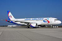 Airbus A320-211 / Россия