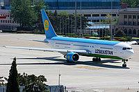 Boeing 767-33P / Узбекистан