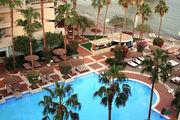 Бассейн у гостиницы в Эйлате, Израиль
