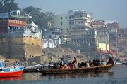 Наблюдая Варанаси с Ганга / Фото из Индии