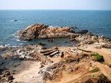 дикий пляж в гоа, индия