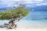 Пляж на Гили-Травангане, Индонезия