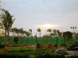 Вечер. Теннисная площадка отеля / Фото из Египта