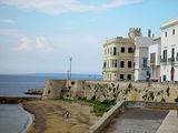 Вид на старую часть города / Фото из Италии