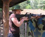 Стрельба из М-16 / Фото из Вьетнама