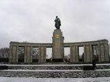 Памятник советским солдатам / Фото из Германии