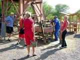 Ведро грунта в руки / Фото из ЮАР
