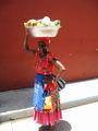 Продавщица фруктов / Фото из Колумбии