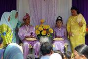 Замученные жених и невеста / Фото из Малайзии