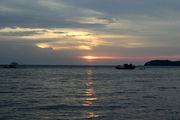 Закат над морем / Фото из Малайзии