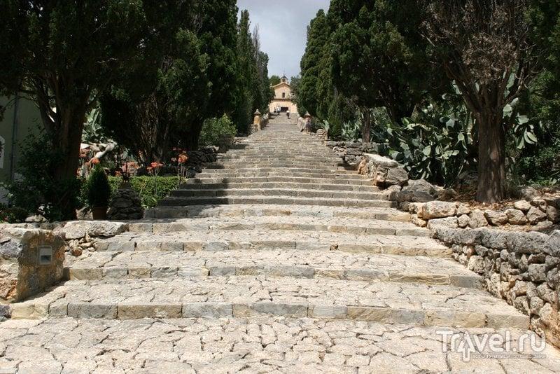 Знаменитая лестница с 365 ступенями