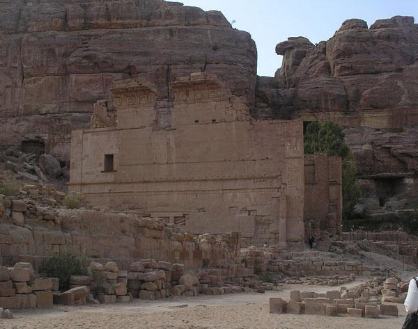 Великий набатейский дворец Каср / Фото из Иоpдании
