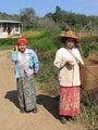 Дану спешат на рынок / Мьянма