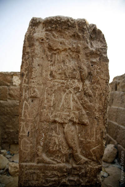 Ноги какого-то древнего барельефа / Фото из Египта