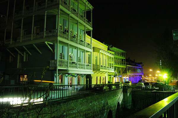 Почти все дома с балконами / Фото из Грузии