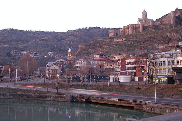 Неприступная крепость Нарикала / Фото из Грузии
