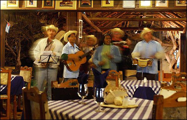 Живая музыка / Фото с Кубы