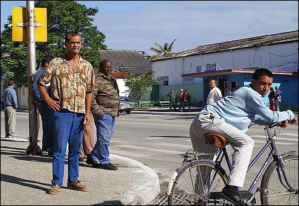 Санкти-Спиритус. В ожидании открытия дороги / Фото с Кубы
