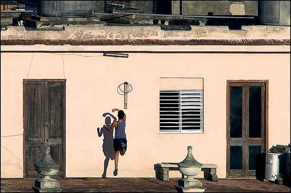На крышах Санта-Клары / Фото с Кубы