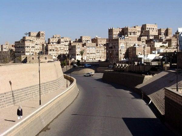 Пересохшее русло реки / Фото из Йемена
