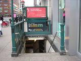 вход в нью-йоркскую подземку / США