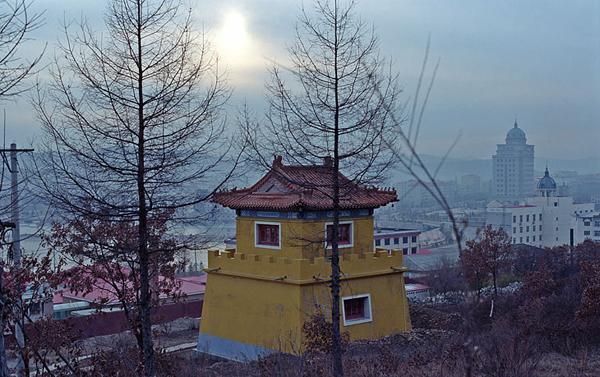 Храм в Суйфэньхэ / Фото из Китая