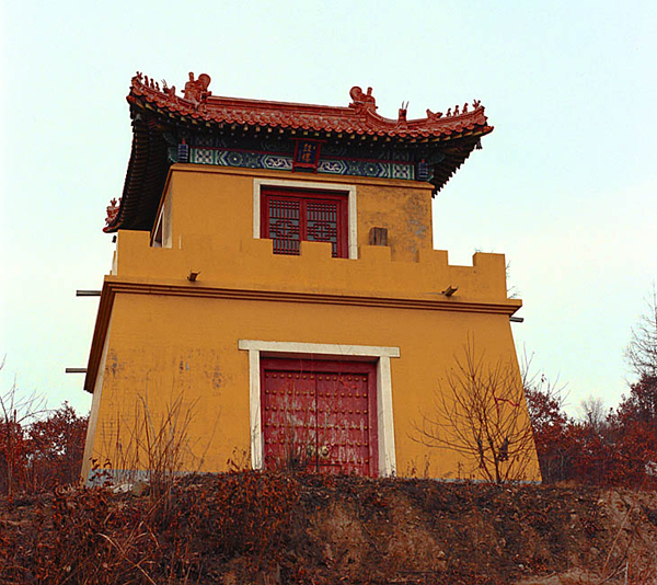 Здание храма / Фото из Китая