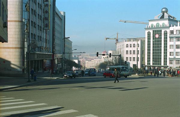 Улицы города / Фото из Китая