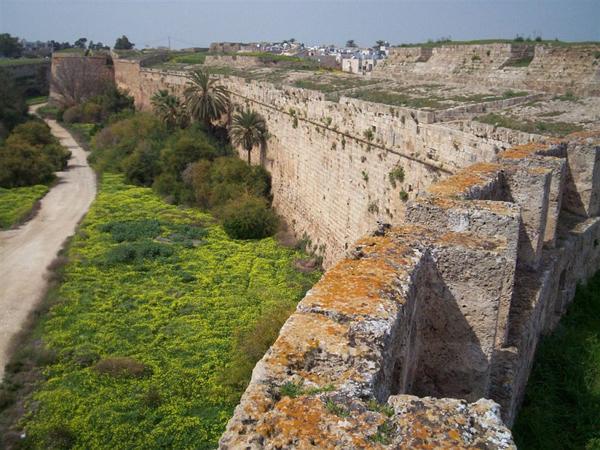 Крепостные стены / Фото с Кипра