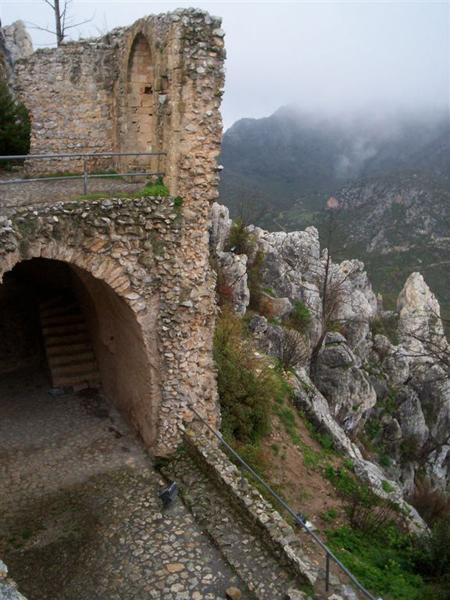 Крепость Св. Иллариона / Фото с Кипра