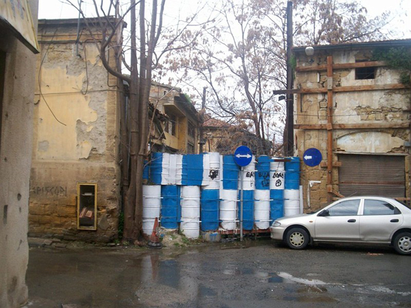 Временные заграждения / Фото с Кипра