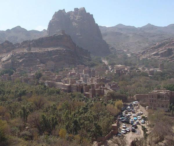 Вид на Вади-Дахр с крыши дворца / Фото из Йемена