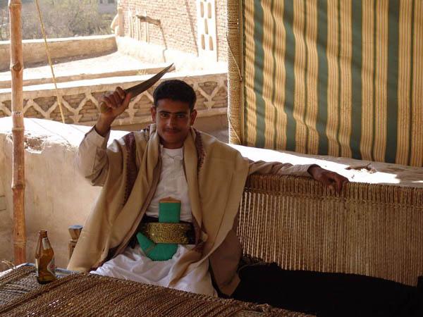 Дружелюбный местный житель / Фото из Йемена