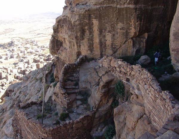Тропинка / Фото из Йемена