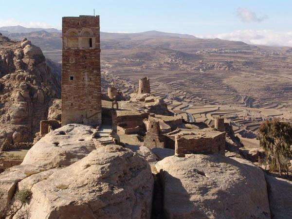 Руины крепости / Фото из Йемена