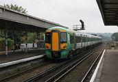 Местный поезд – электричка / Великобритания