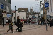 Улица на фотографии открыта только для движения трамваев / Великобритания