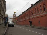 Высокопетровский мужской монастырь - вид снаружи / Россия
