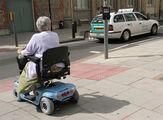 транспортное средство для пожилых людей / Великобритания