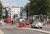 городская магистраль, прилегающая к главной площади Брайтона / Великобритания