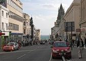 Queen Street недалеко от набережной / Великобритания