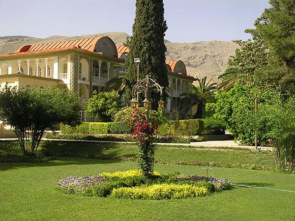 Ботанический сад Eram и его  дворец / Фото из Ирана