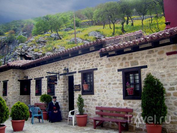 Буйство красок природы и строгость традиций / Фото из Греции