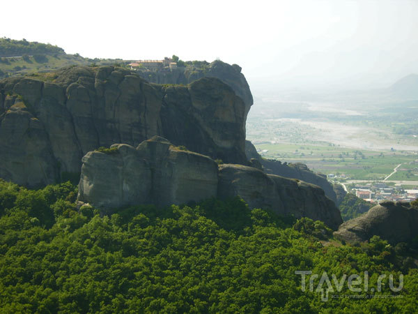 Здесь монахи чувствовали себя в безопасности / Фото из Греции
