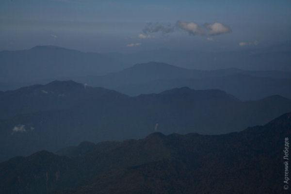 Далеко-далеко в горах... / Фото из Бутана