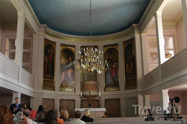 Внутреннее убранство церкви в Нойхарденберге / Фото из Германии