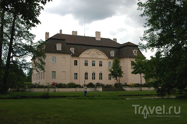 Вид на замок Бранитц со стороны парка / Фото из Германии